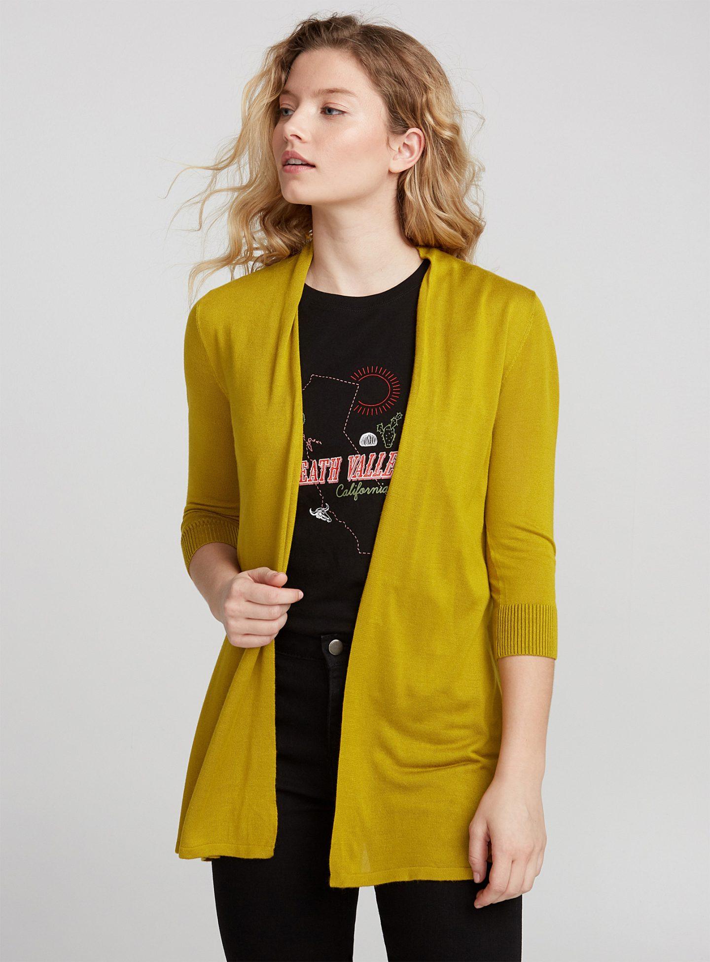 Porter la veste jaune